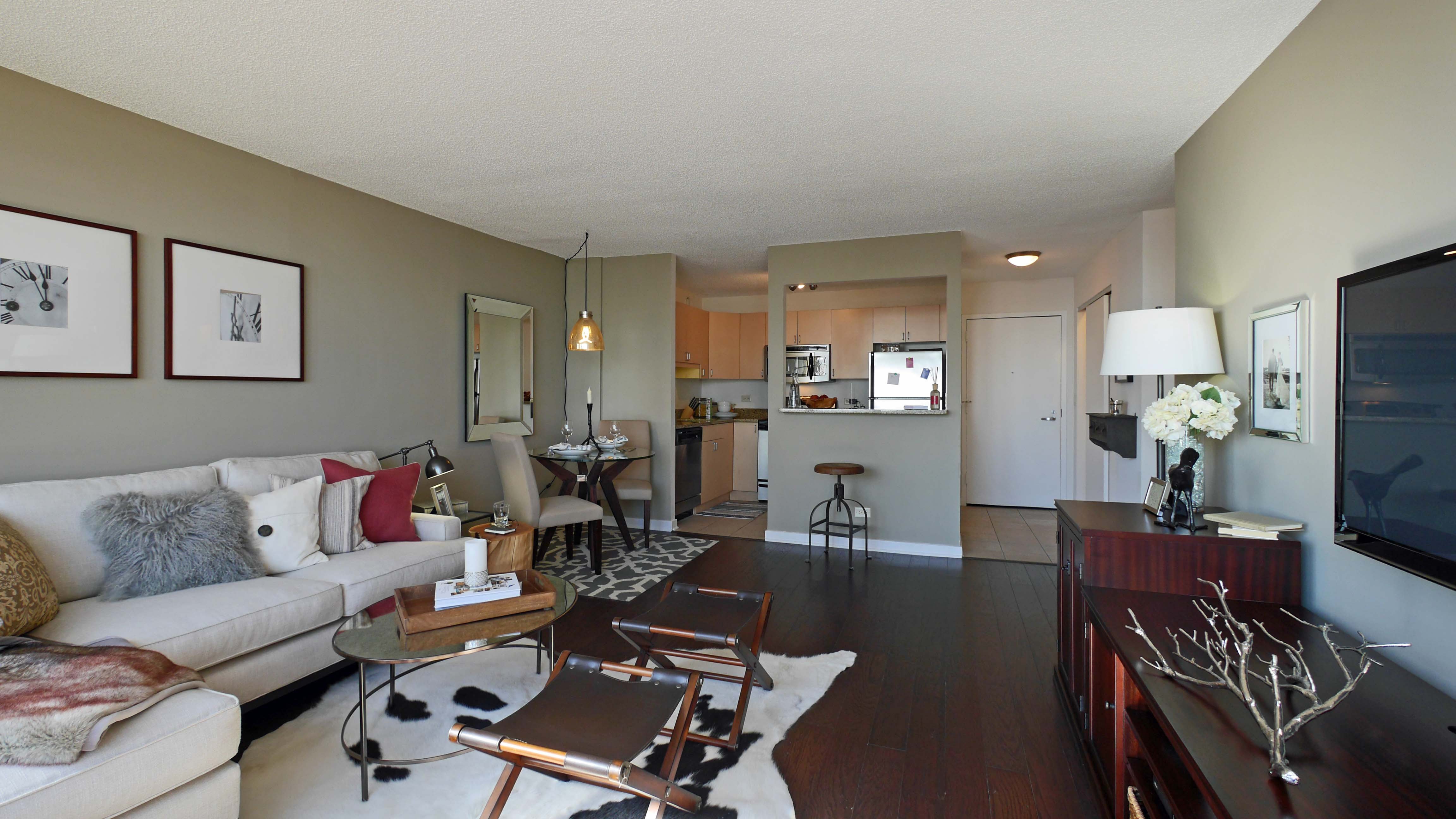 Best ideas about 1 Bedroom Apt In Chicago . Save or Pin e Bedroom Apartments Chicago Now.