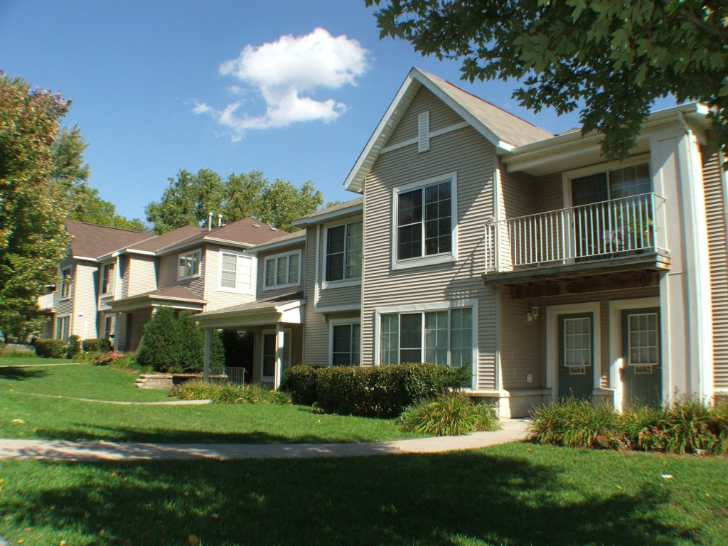 Best ideas about 3 Bedroom Townhomes . Save or Pin Idaho Ridge Townhomes Now.