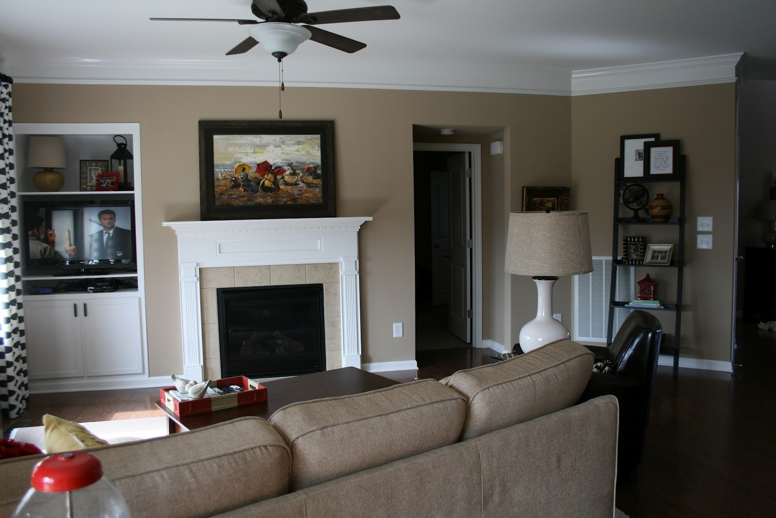 Best ideas about Accent Wall Ideas For Living Room . Save or Pin Top 15 of Wall Accents For Tan Room Now.