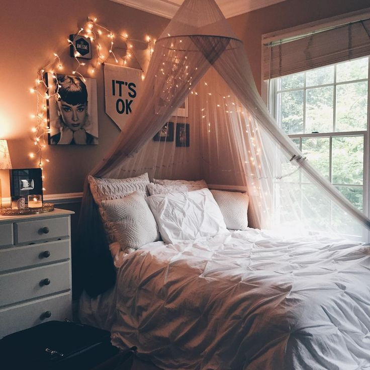 Best ideas about Bedroom Ideas Tumblr . Save or Pin Best 25 Tumblr rooms ideas on Pinterest Now.