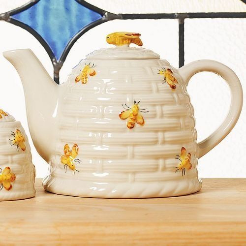 Best ideas about Bee Kitchen Decor . Save or Pin 569 best images about BEE TReaSuReS & HoNeY PoTs on Pinterest Now.