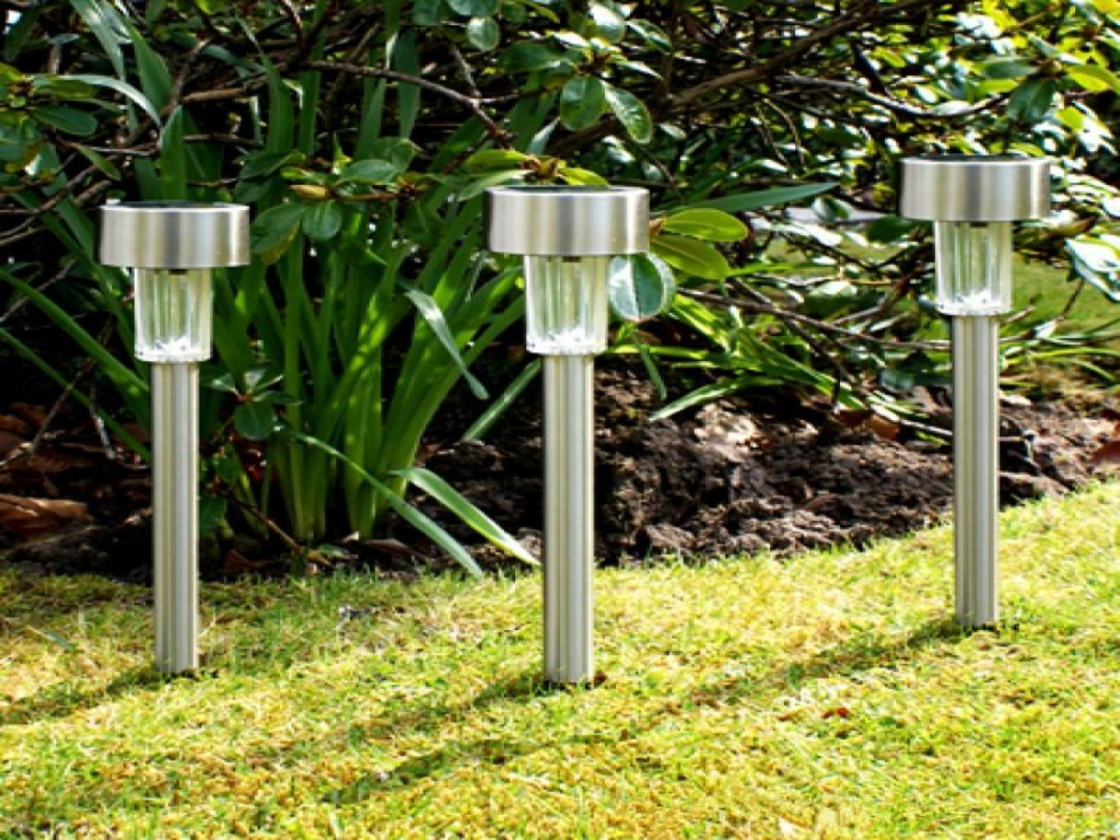 Best ideas about Best Solar Landscape Lights . Save or Pin Untold Stories About Best Outdoor Solar Lights That You Now.