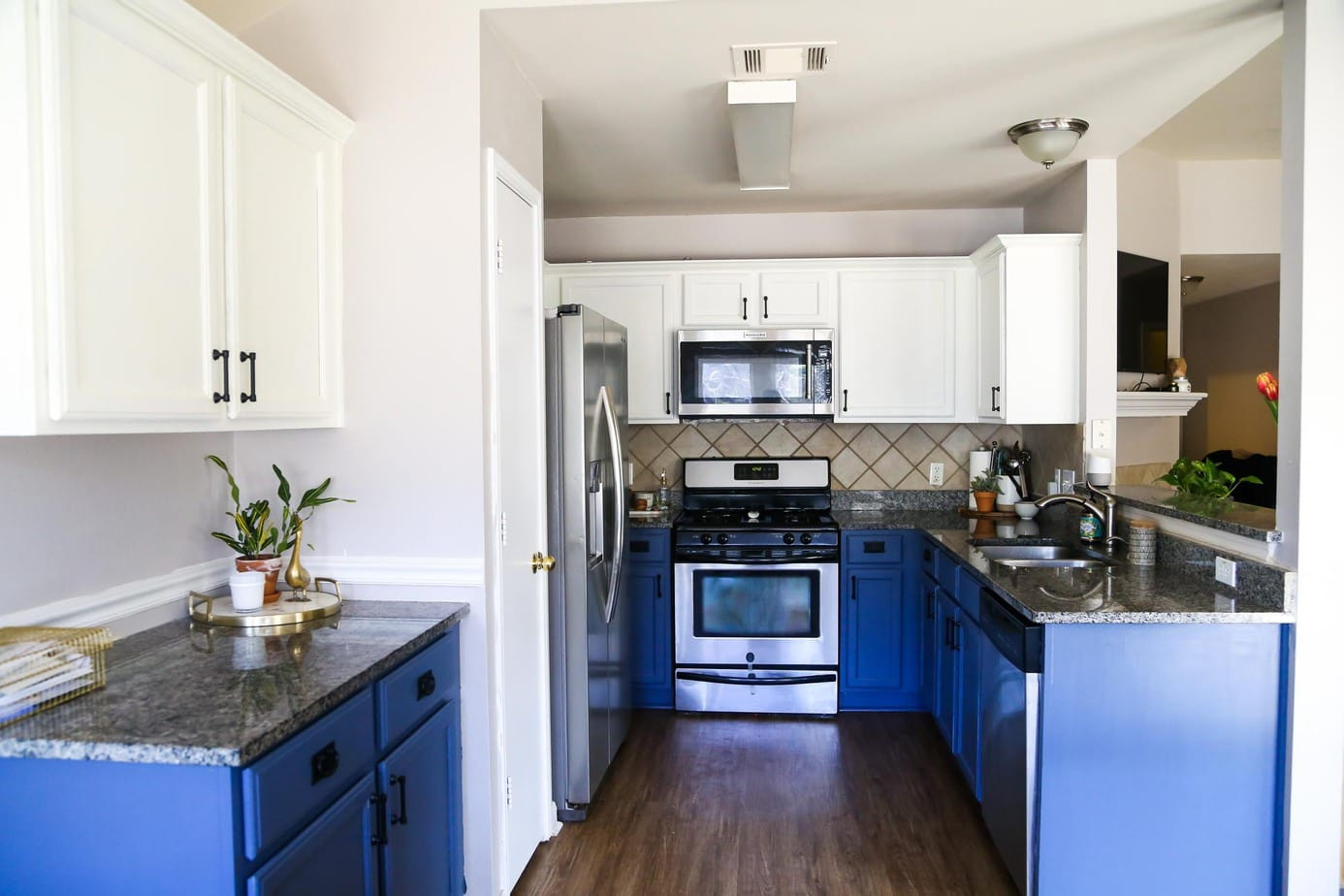 Best ideas about Blue And White Kitchen Ideas . Save or Pin Blue & White Kitchen Cabinets Now.