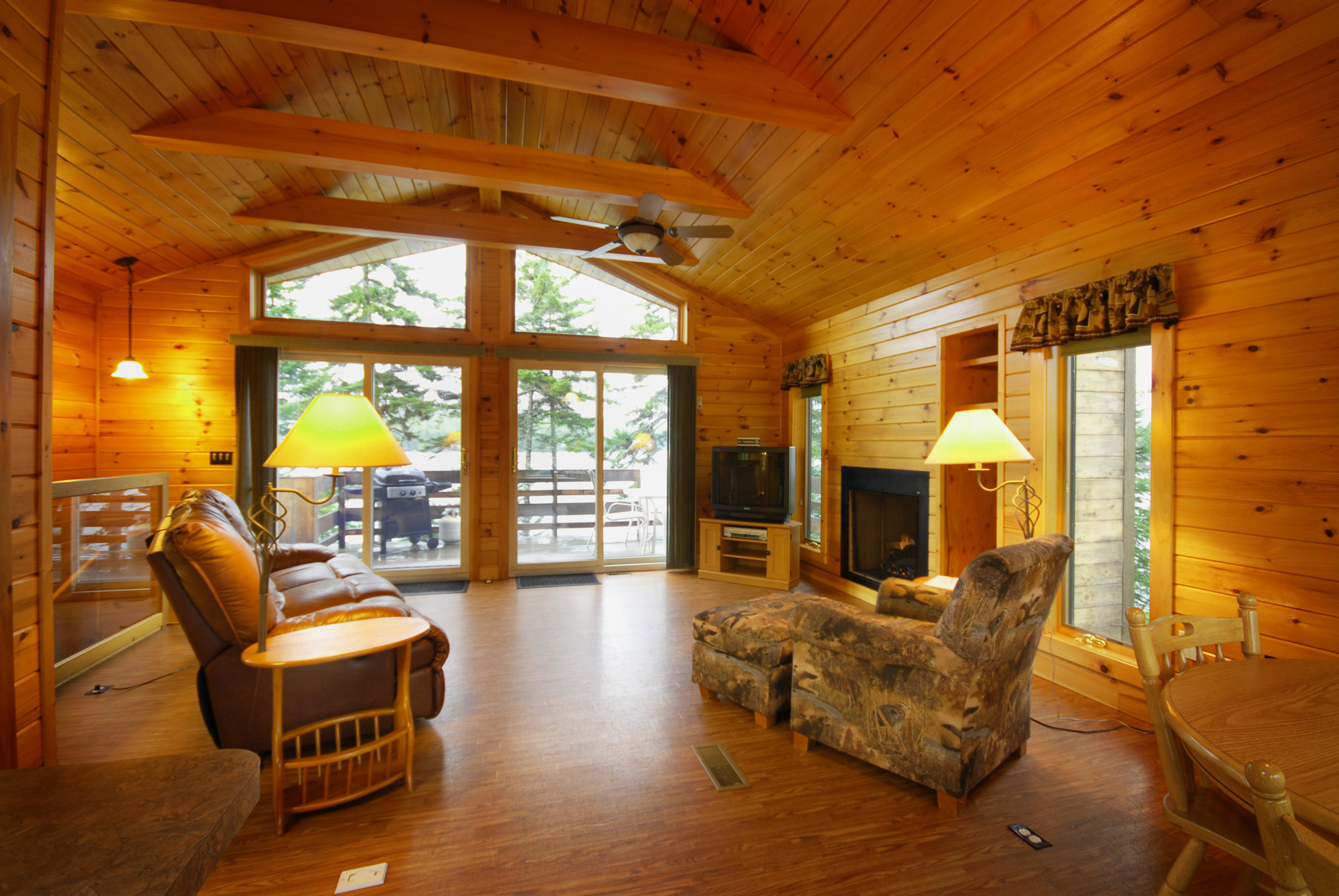 Best ideas about Cabin Living Room . Save or Pin Log Cabin Living Room With Fireplace Clipgoo Now.