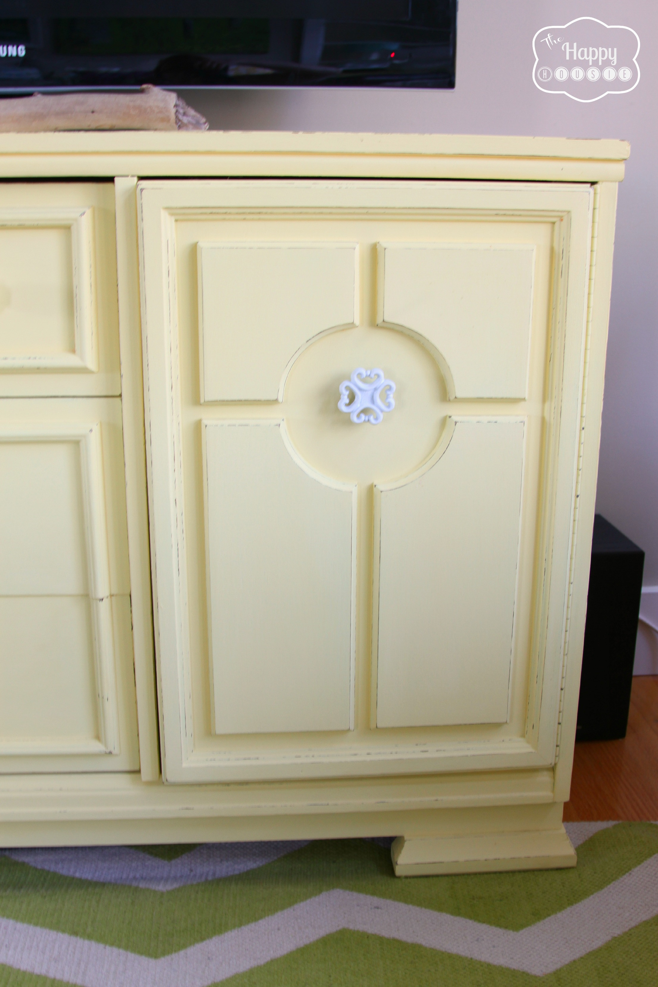 Best ideas about Chalk Paint Cabinets DIY . Save or Pin Lightening Up the Living Room with a DIY Chalk Paint Now.