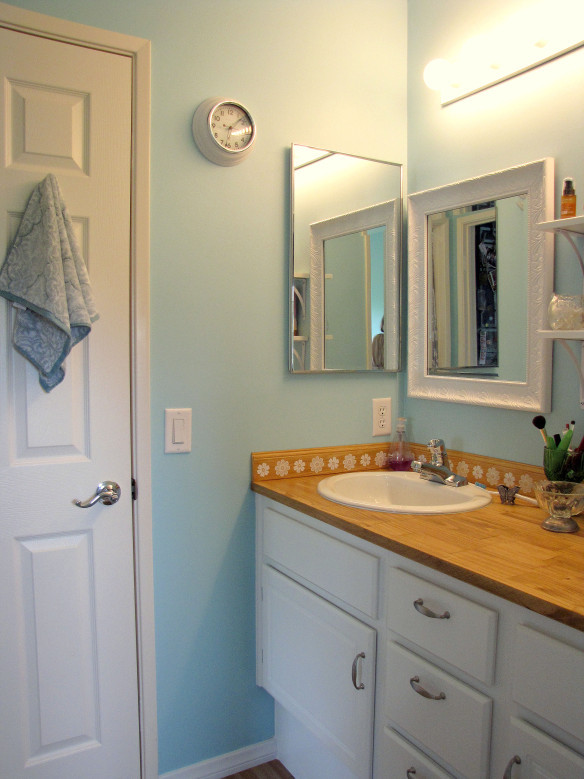 Best ideas about Cheap Bathroom Remodel DIY . Save or Pin Walls Now.