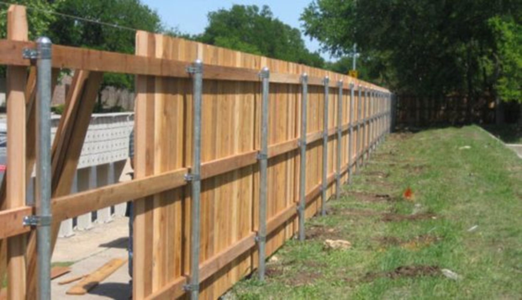 Best ideas about Cheap Fence DIY . Save or Pin Cheap diy privacy fence ideas 2 Wartaku Now.