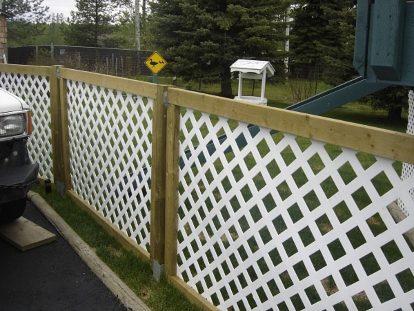 Best ideas about Cheap Fence DIY . Save or Pin Cheap diy privacy fence ideas 5 Wartaku Now.