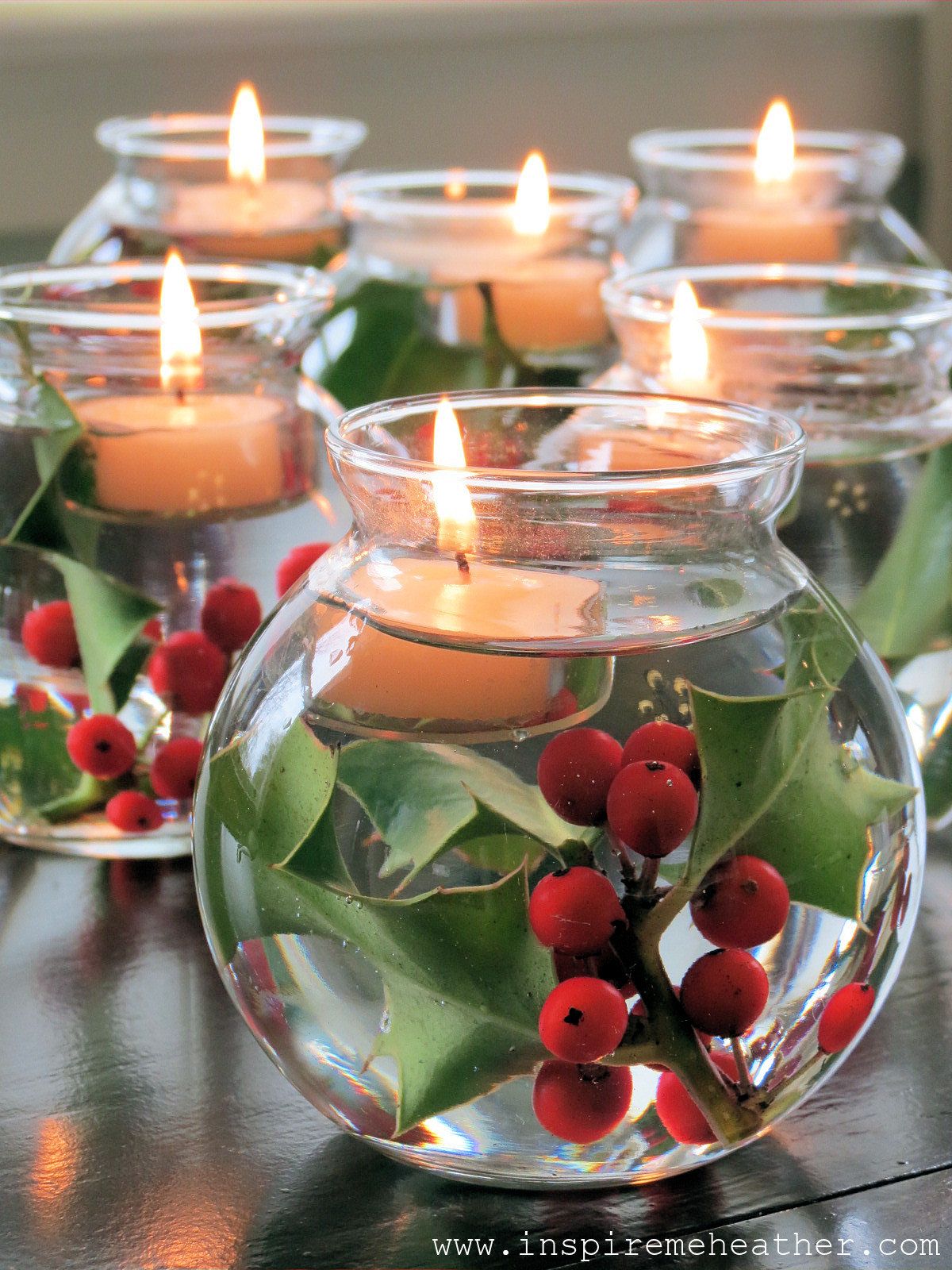 Best ideas about Christmas Centerpiece DIY . Save or Pin 17 Easy Last Minute DIY Christmas Decorations Style Now.