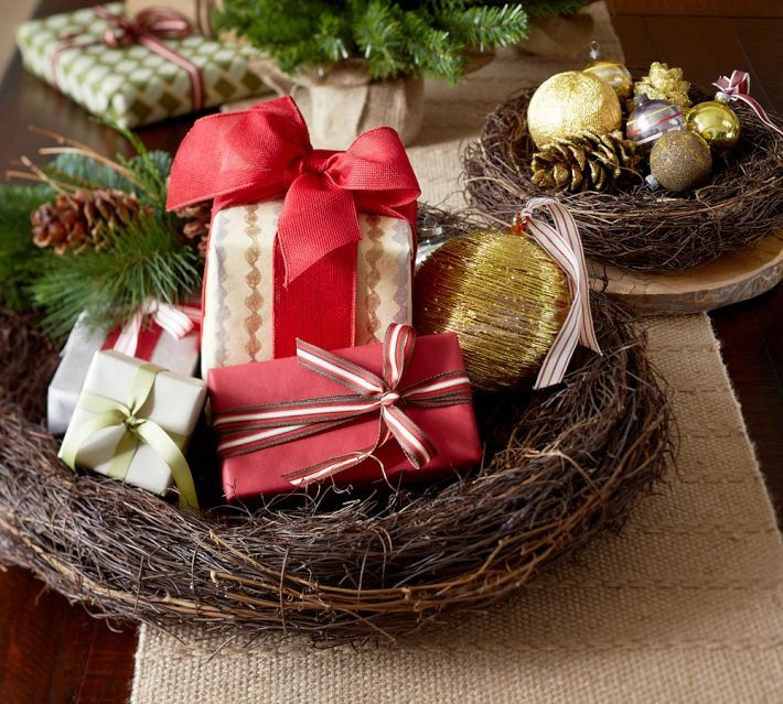 Best ideas about Christmas Centerpieces DIY . Save or Pin Christmas Centerpieces Now.