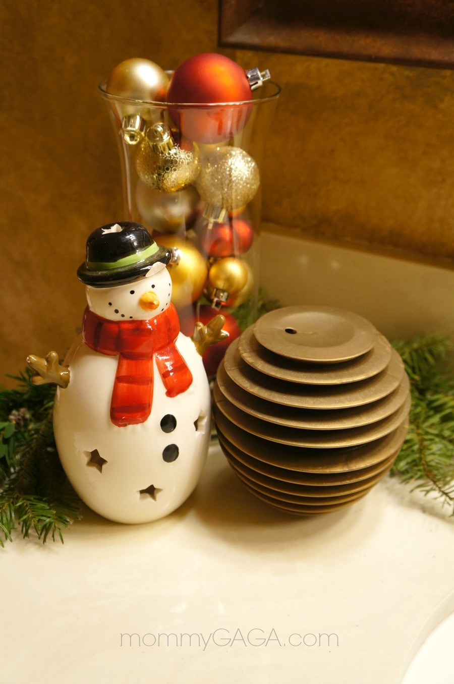 Best ideas about Christmas DIY Decoration Ideas . Save or Pin Holiday Home Decor Christmas Decorating Ideas for The Now.