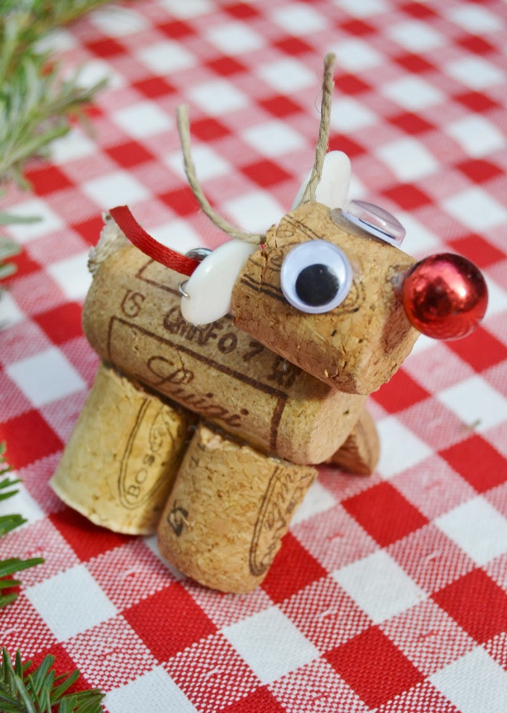 Best ideas about Crafts For Christmas Gifts . Save or Pin 10 Inexpensive DIY Christmas Gifts And Decorations Diy Now.