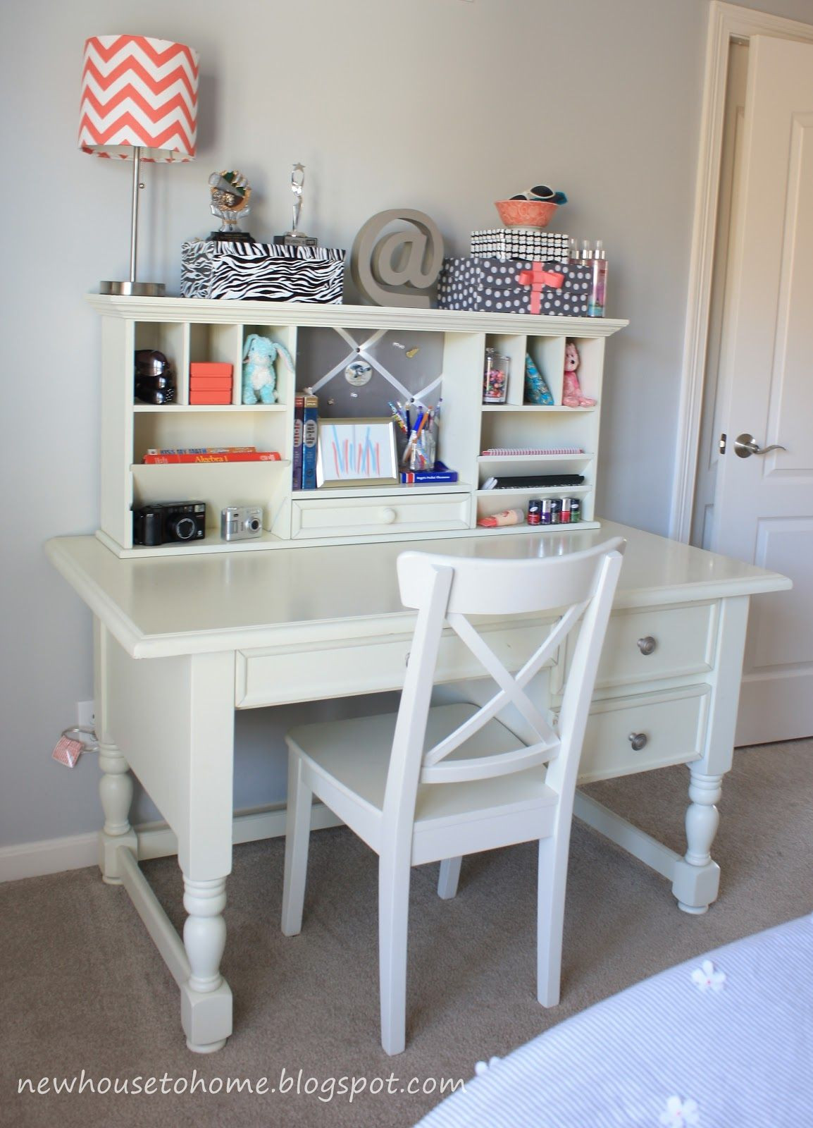 Best ideas about Desk For Bedroom . Save or Pin desk for girls room Now.