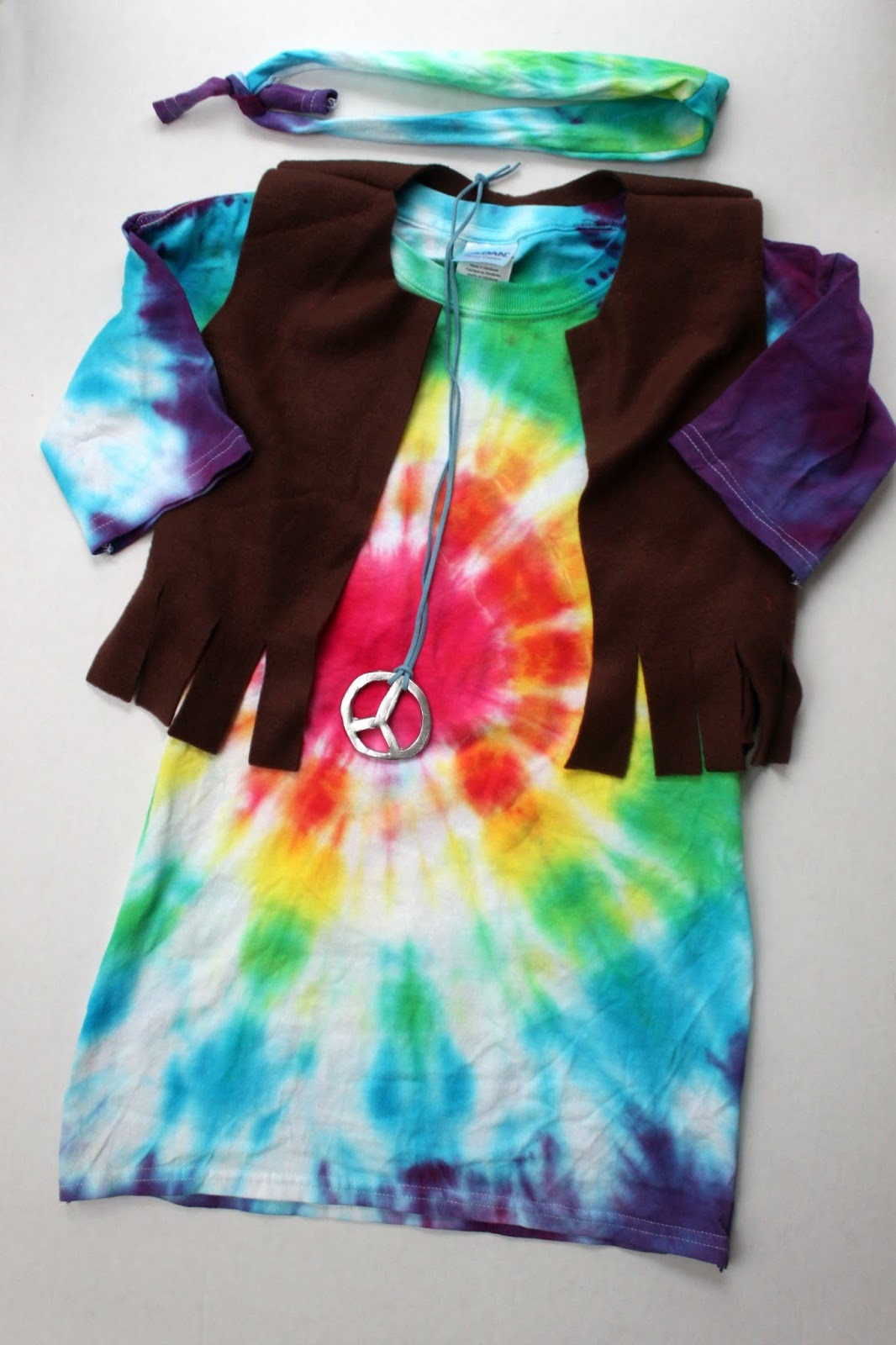 Best ideas about DIY 70S Costume . Save or Pin EAT SLEEP MAKE Kid s Hippie Costume Tutorial Now.