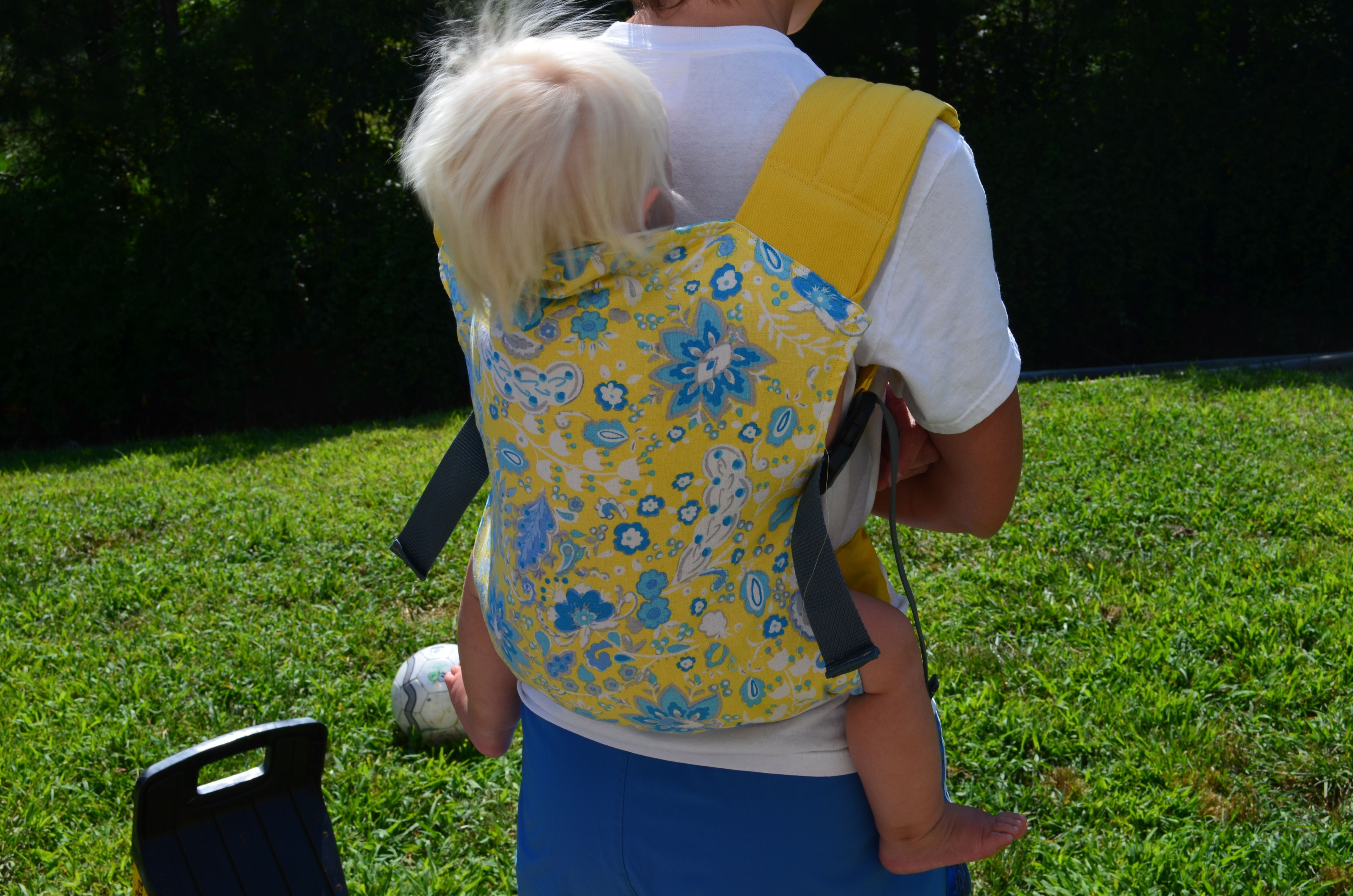 Best ideas about DIY Baby Carriers . Save or Pin DIY soft structured carrier Baby Wearing Now.