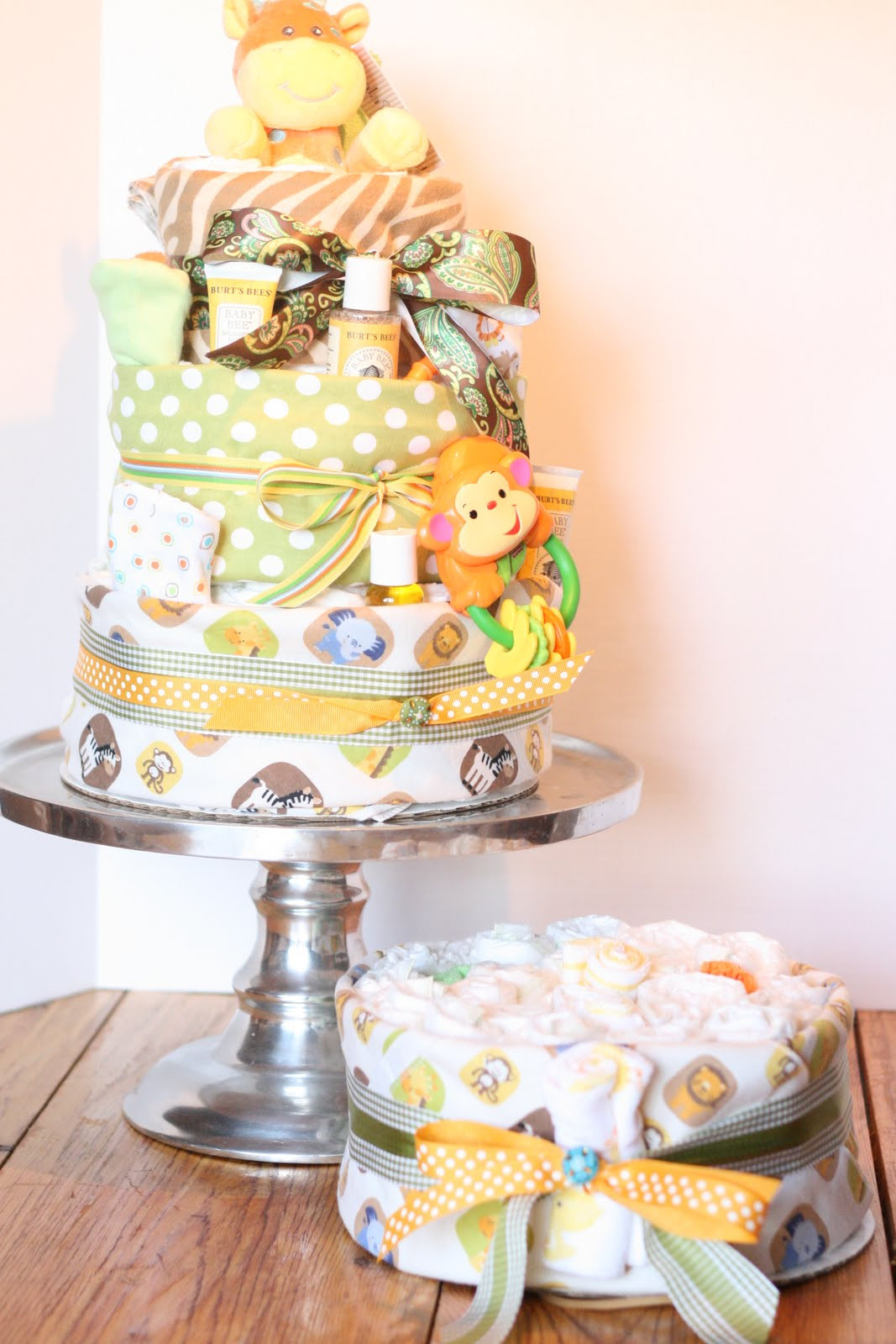 Best ideas about DIY Baby Diaper Cake . Save or Pin A Little Junk In My Trunk How to Make a Diaper Cake Now.