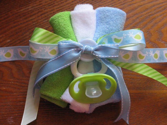 Best ideas about DIY Baby Shower Corsage . Save or Pin Baby Shower Washcloth Corsage Now.