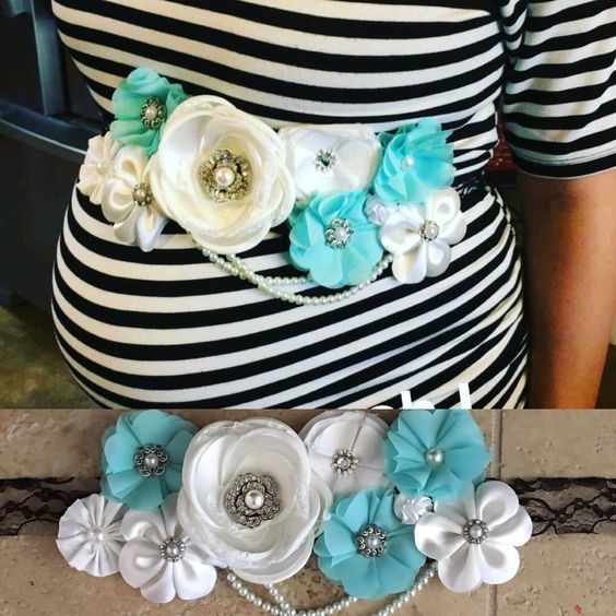 Best ideas about DIY Baby Shower Corsage . Save or Pin How To Make The Cutest Baby Shower Corsage Now.