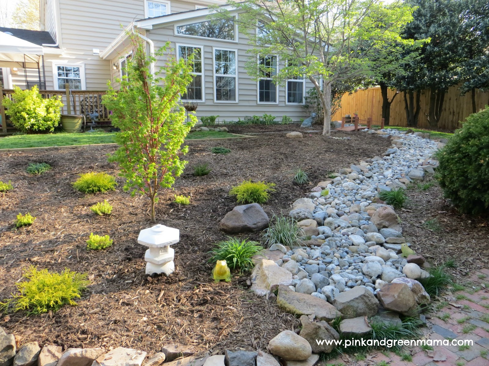 Best ideas about DIY Backyard Makeovers . Save or Pin Pink and Green Mama DIY Backyard Makeover on a Bud Now.