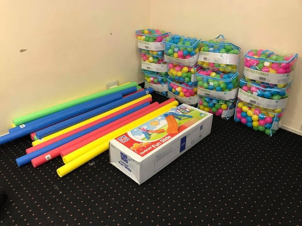 Best ideas about DIY Ball Pit For Toddlers . Save or Pin DIY ball pit hack Visit Bunnings and Kmart to build the Now.