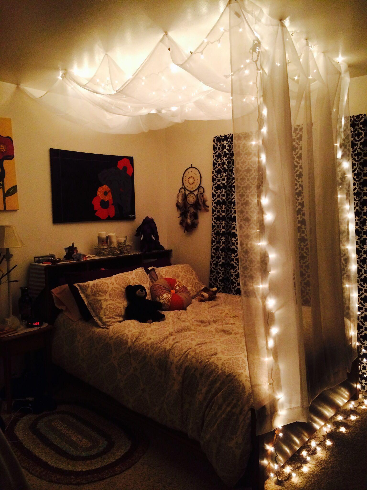 Best ideas about DIY Bed Canopy With Lights . Save or Pin Quarto luzes DIY Hanging Bed Canopy Using $5 sheer Now.