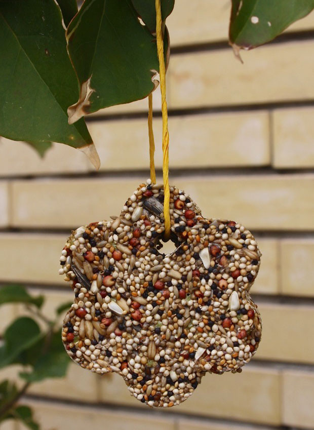 Best ideas about DIY Bird Feeders For Kids . Save or Pin Winter Craft for Kids Cookie Cutter Bird Feeders Now.