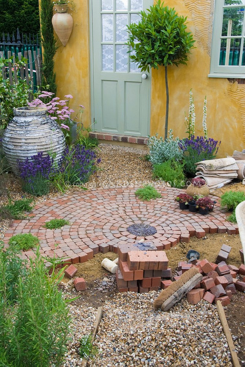 Best ideas about DIY Brick Patio . Save or Pin Add curb appeal to your home with this DIY circular brick Now.