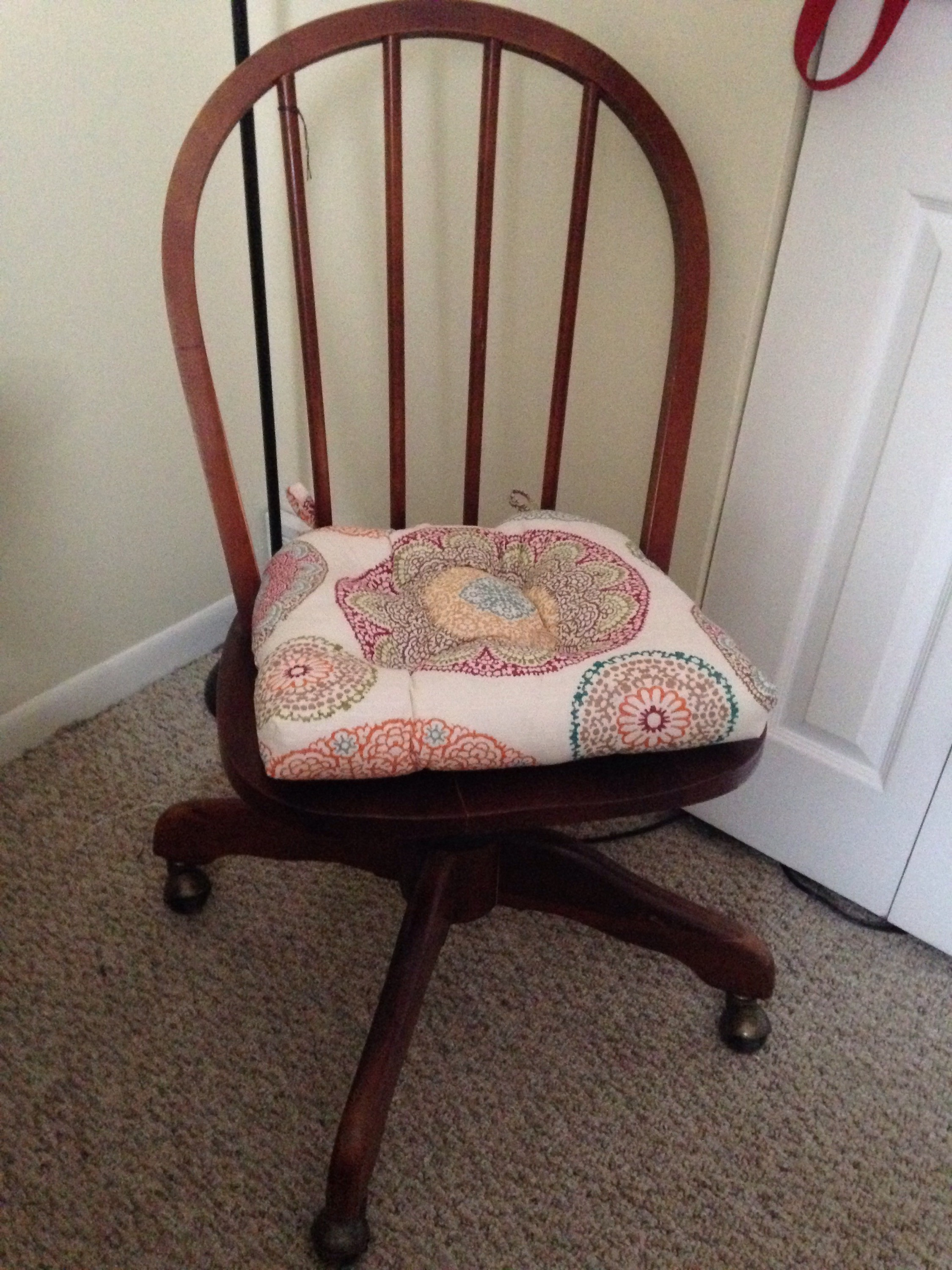 Best ideas about DIY Chair Cushion . Save or Pin DIY Seat Cushion – from a table runner – The College Crafter Now.