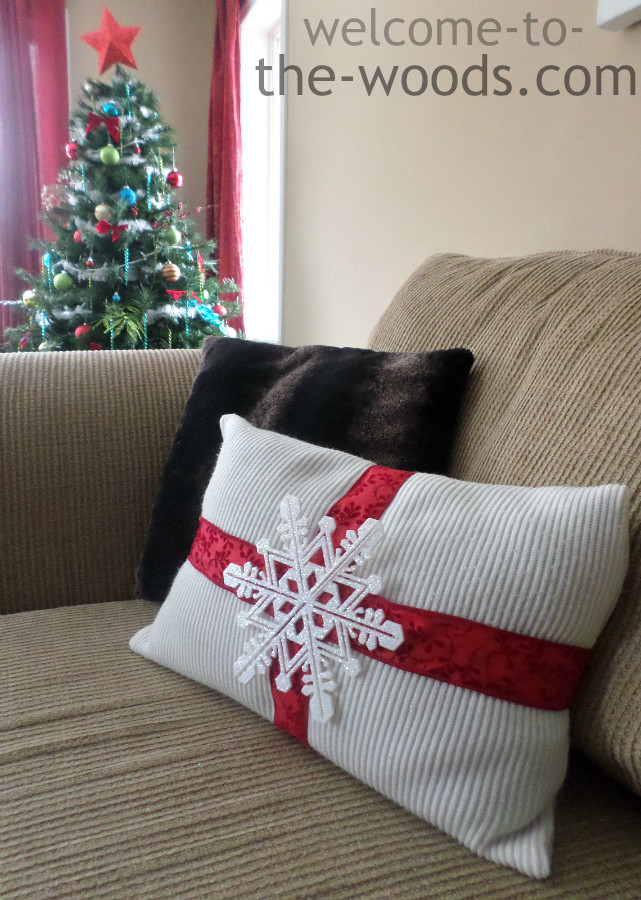Best ideas about DIY Christmas Pillow . Save or Pin Christmas DIY Pillow Wel e to the Woods Now.