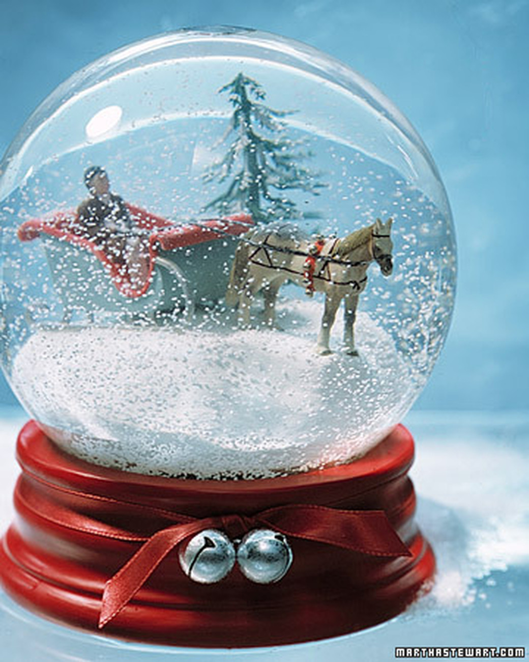 Best ideas about DIY Christmas Snow Globe . Save or Pin These 21 DIY Snow Globes Will Have You Jolly All Season Long Now.