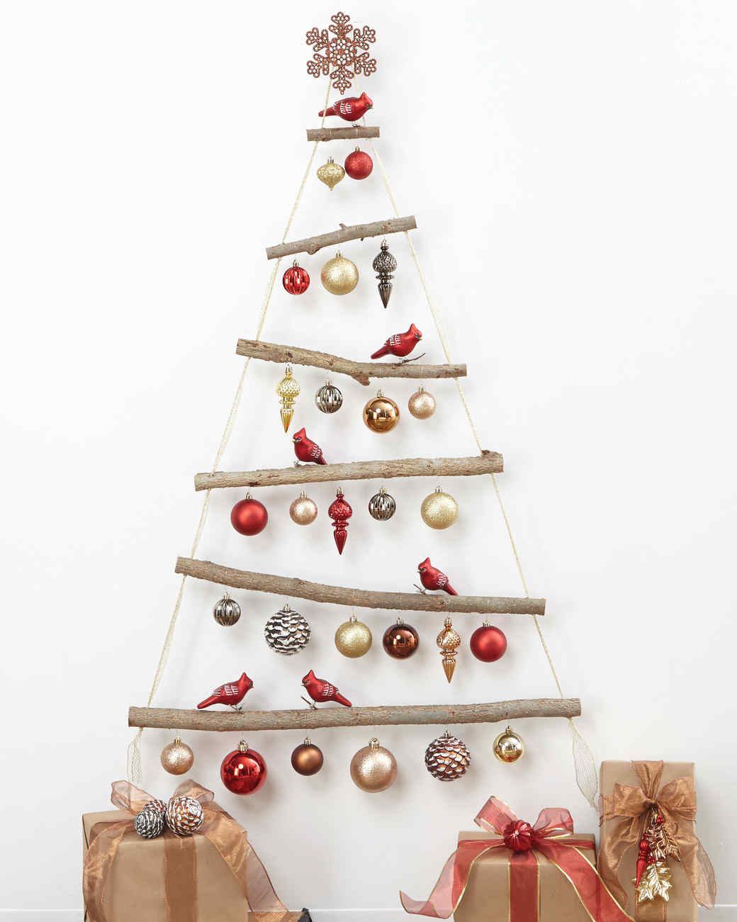Best ideas about DIY Christmas Tree . Save or Pin DIY Christmas Tree How to Make the Ornaments the Now.
