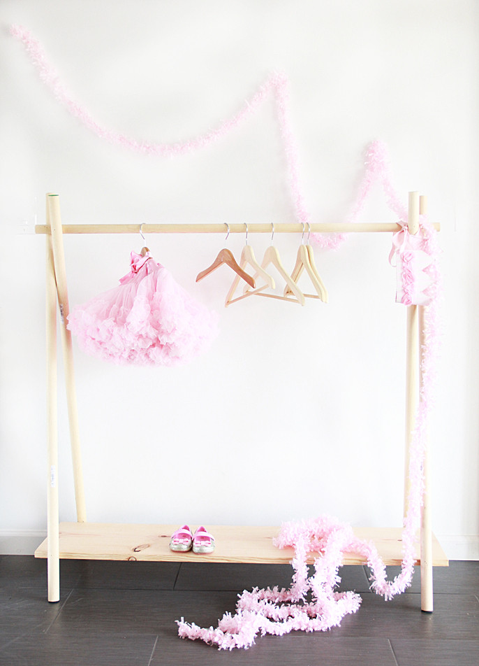 Best ideas about DIY Clothing Rack . Save or Pin A Bubbly LifeDIY Wooden Clothing Rack in 10 Yes 10 Now.