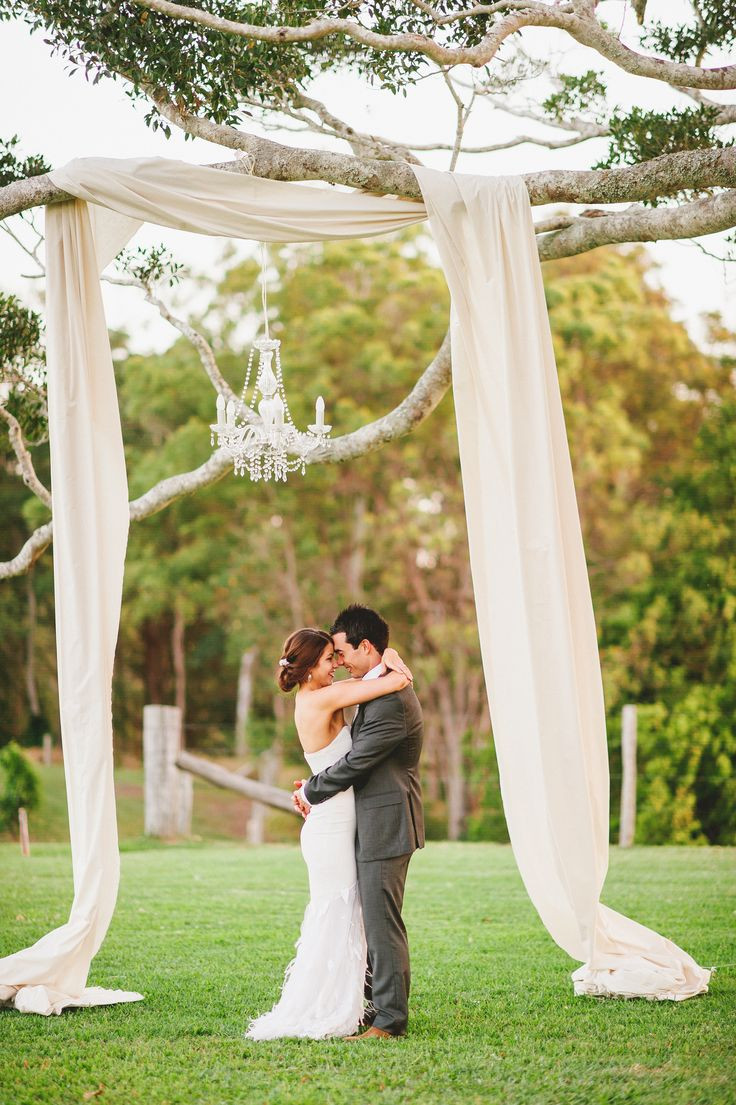 Best ideas about DIY Country Wedding . Save or Pin 25 Chic And Easy Rustic Wedding Arch Ideas For DIY Brides Now.