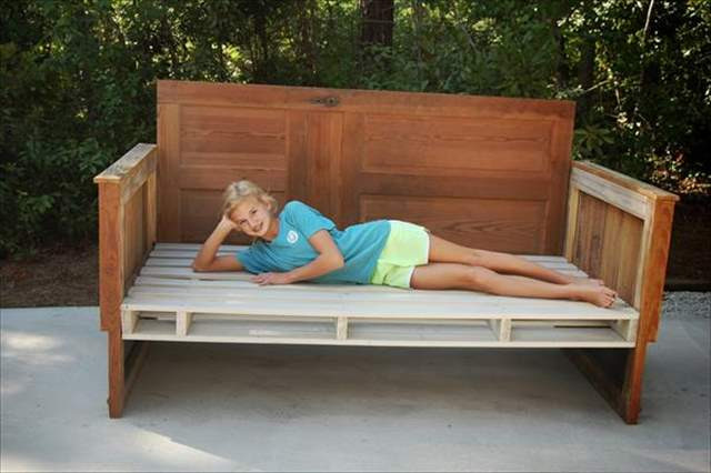 Best ideas about DIY Daybed Plans . Save or Pin 12 DIY Pallet Daybed Ideas Now.