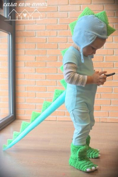 Best ideas about DIY Dinosaur Costume Toddler . Save or Pin DIY dinosaur costume cute and easy from casa amor Now.