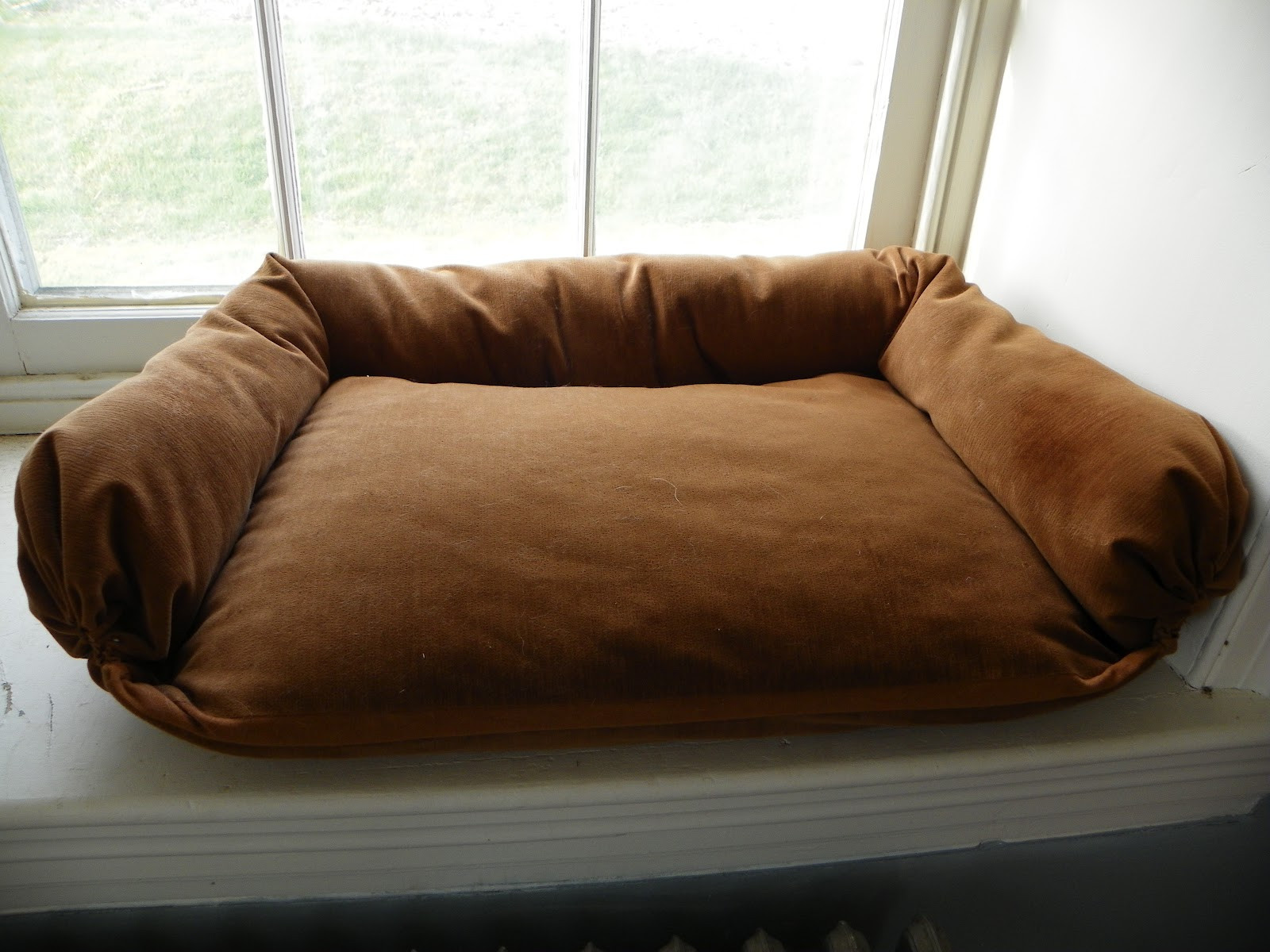 Best ideas about DIY Dog Bed For Large Dogs . Save or Pin AllyLynn DIY Dog Bed Now.