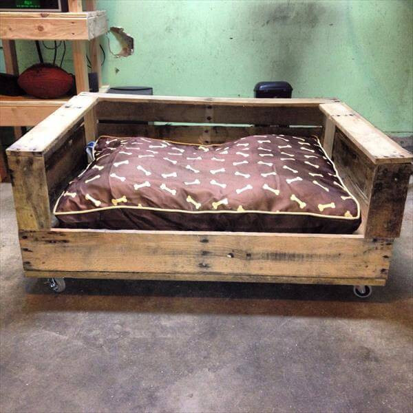 Best ideas about DIY Dog Bed Pallet . Save or Pin Build a Raised Pallet Dog Bed – 101 Pallets Now.