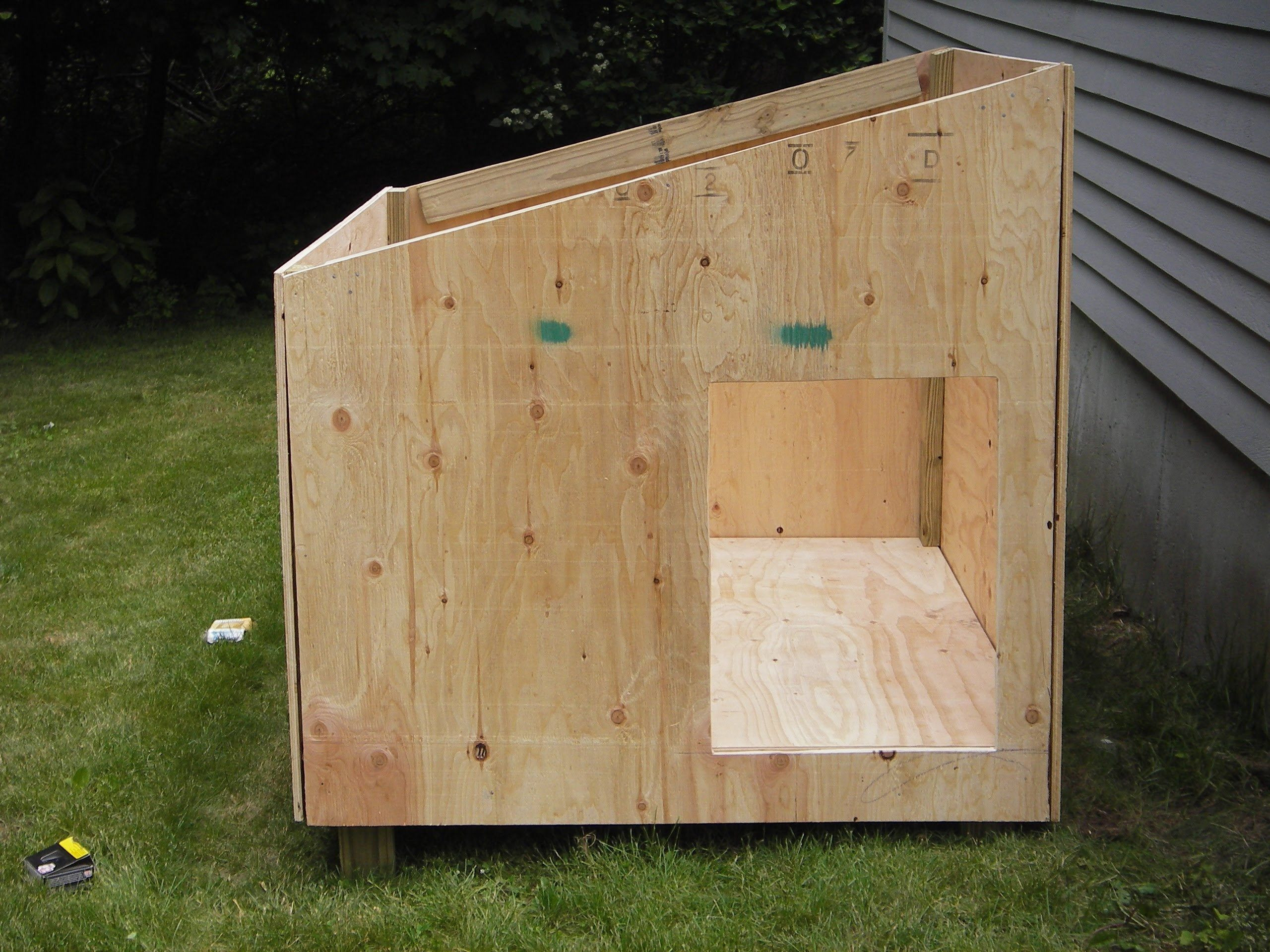Best ideas about DIY Dog House Plans . Save or Pin Easy diy dog house plans Crafts Now.