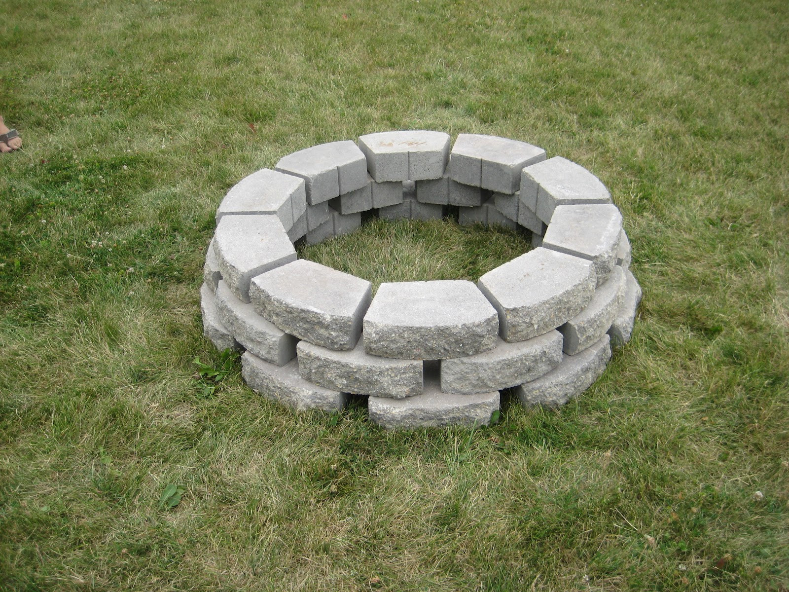 Best ideas about DIY Fire Pit Pinterest . Save or Pin DIY Homemade Fire Pit thanks to Pinterest momma in flip Now.