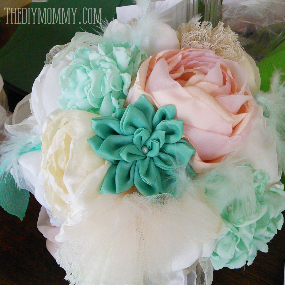 Best ideas about DIY Flowers For Wedding . Save or Pin Make Faux Succulents out of Felt Now.