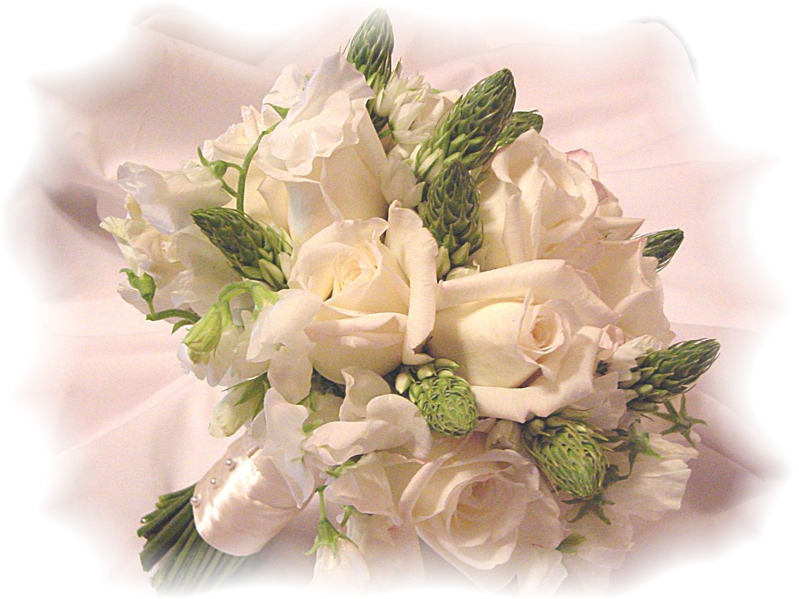 Best ideas about DIY Flowers For Wedding . Save or Pin Brides Stretch Wedding Bud s with Do It Yourself Now.