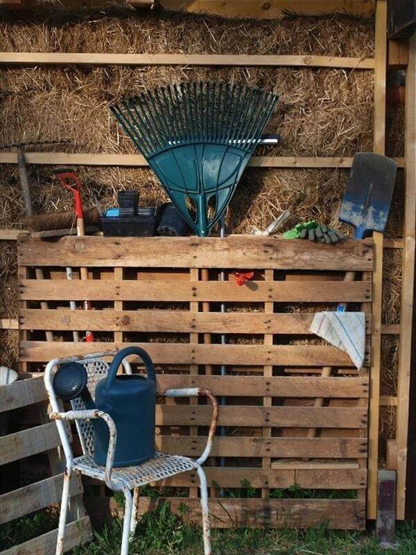 Best ideas about DIY Garden Tool Organizer . Save or Pin DIY Pallet Garden Tools Rack Now.