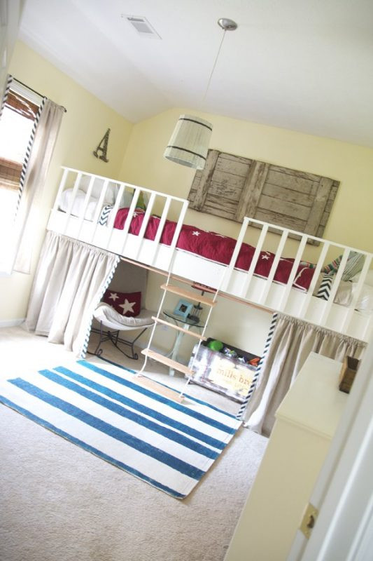 Best ideas about DIY Girls Beds . Save or Pin Remodelaholic Now.