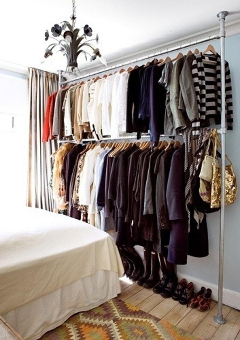 Best ideas about DIY Hanging Clothing Rack . Save or Pin Steigerbuizen kledingrek Now.