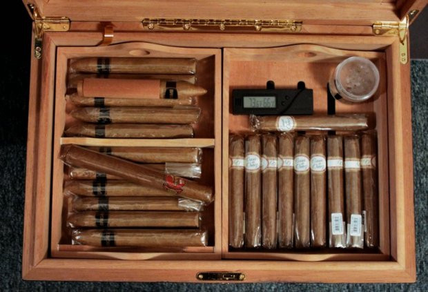 Best ideas about DIY Humidor Plans . Save or Pin DIY Coffee Table Humidor Plans Wooden PDF how to build Now.