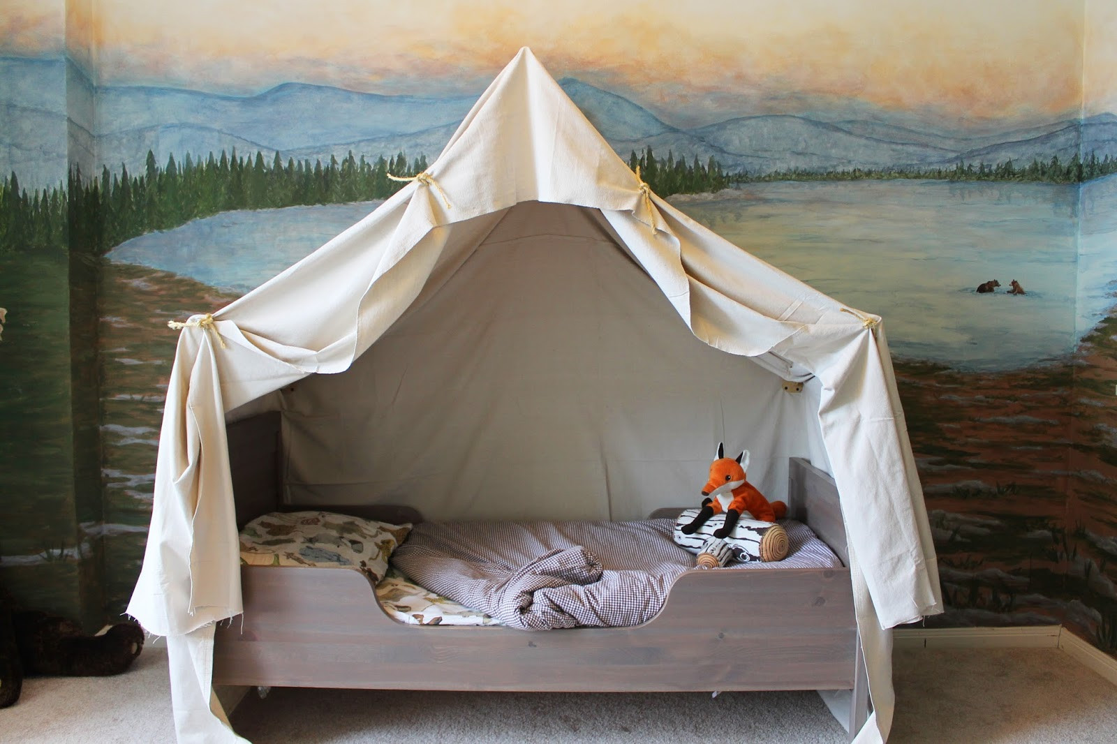 Best ideas about DIY Kids Bed Canopy . Save or Pin Remodelaholic Now.