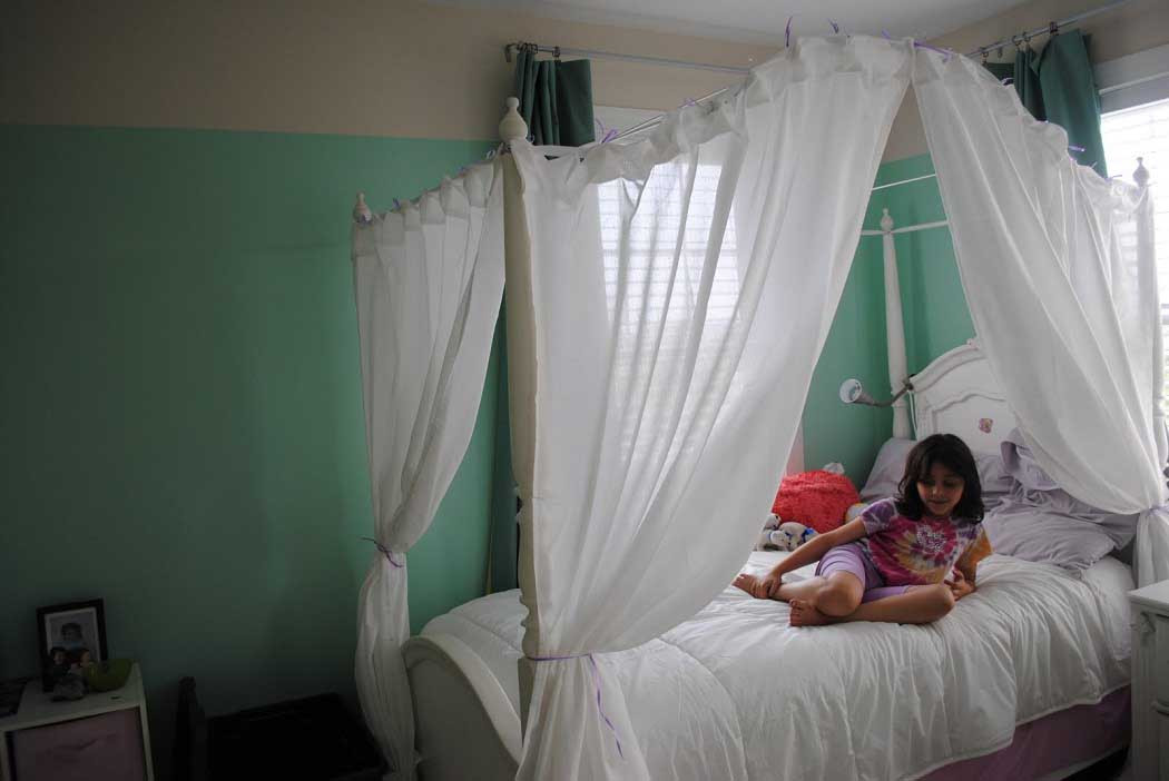 Best ideas about DIY Kids Bed Canopy . Save or Pin DIY Canopy Bed Design For Kids Bedroom Decorating Ideas Now.