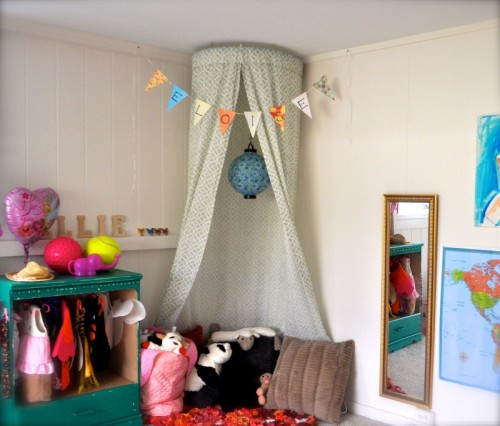 Best ideas about DIY Kids Bed Canopy . Save or Pin Let Your Girl Feel A Princess 5 DIY Canopies For Kids Now.