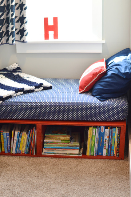 Best ideas about DIY Kids Bed With Storage . Save or Pin DIY platform toddler bed NewlyWoodwards Now.
