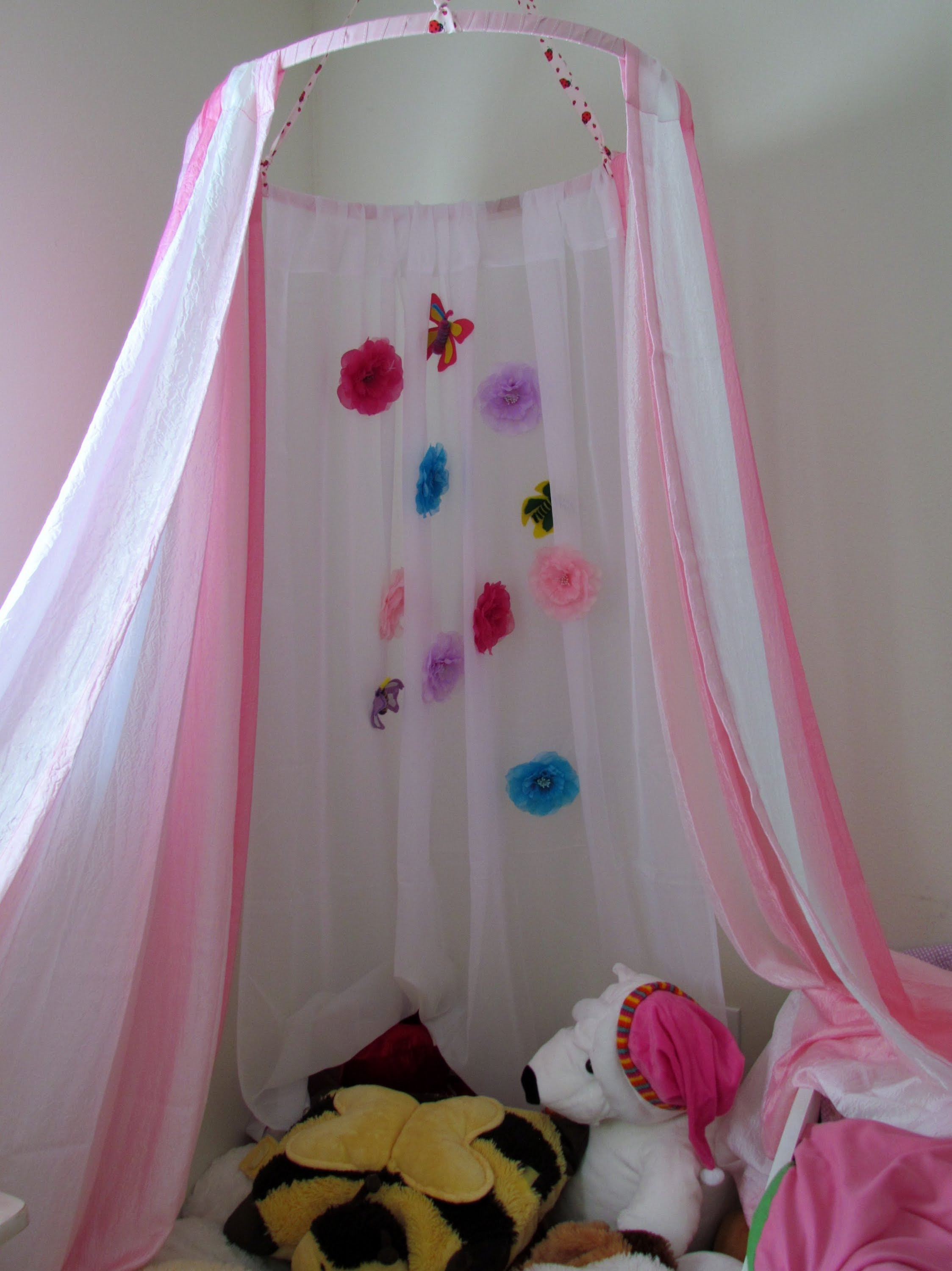 Best ideas about DIY Kids Canopy . Save or Pin Girl Bed Canopy Ideas & Amazing Best 25 Toddler Canopy Bed Now.
